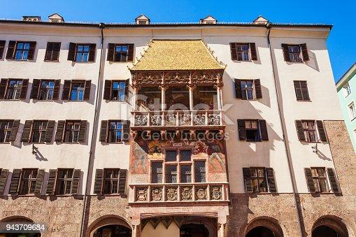 istock Goldenes Dachl Golden Roof 943709684