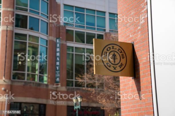 Golds gym fitness gym location entrance logo picture id1216470160?b=1&k=6&m=1216470160&s=612x612&h=3ipebtdneuhy knxulmqnbqaisvknzqvnrsotxp3ld4=