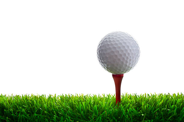 Golfball und Tee auf Gras – Foto