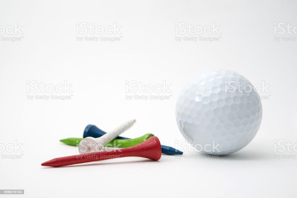 Balle de golf et tees - Photo