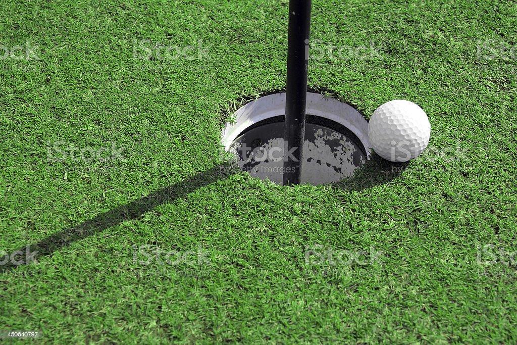 Golf ball go to the hole