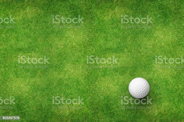 Golf ball on grass top view picture id825397576?b=1&k=6&m=825397576&s=612x612&h=xiyagzlhorqrolqlrbvd5jwbbeb dxr0nerypzzuxrs=
