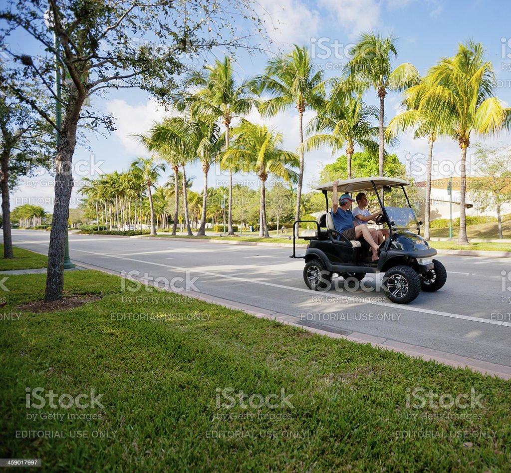 Voiture de Golf de Key Biscayne street, Floride, États-Unis - Photo