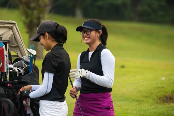 Golfer, die Diskussion über das Spiel – Foto