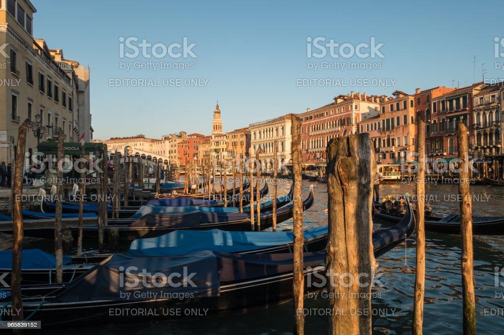 Gondels in Venetië Canal Grande bij zonsondergang, Italië - Royalty-free Buitenopname Stockfoto