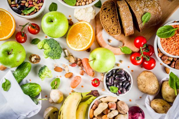 Alimentos ricos de fibra carbohidratos buenos - foto de stock