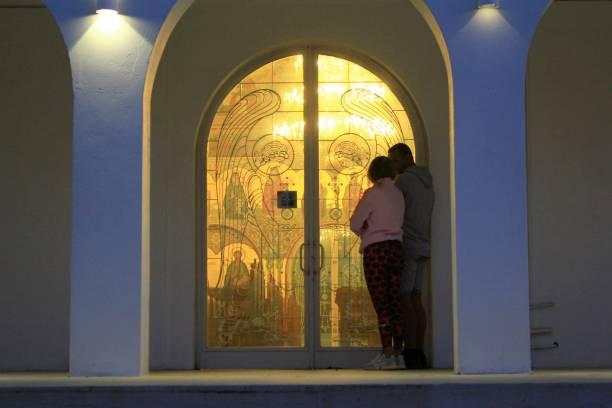 Vendredi saint dans l'église vide en Grèce. - Photo
