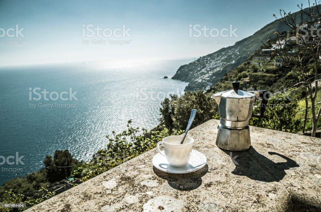 Costa de Amalfi de buena mañana - foto de stock