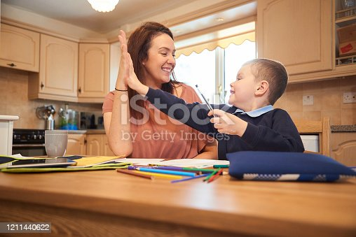 858130938 istock photo Good work 1211440622