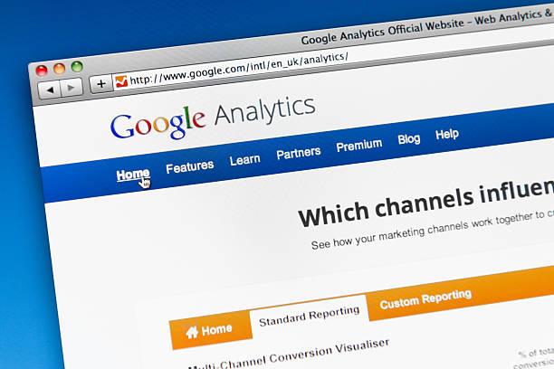 главная страница google analytics - google стоковые фото и изображения