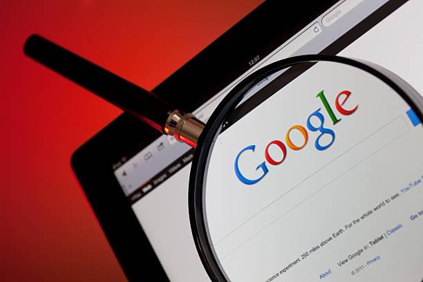 веб-сайт интернет-поиска google - google стоковые фото и изображения