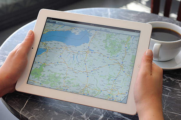 Google maps en iPad 3 - foto de stock