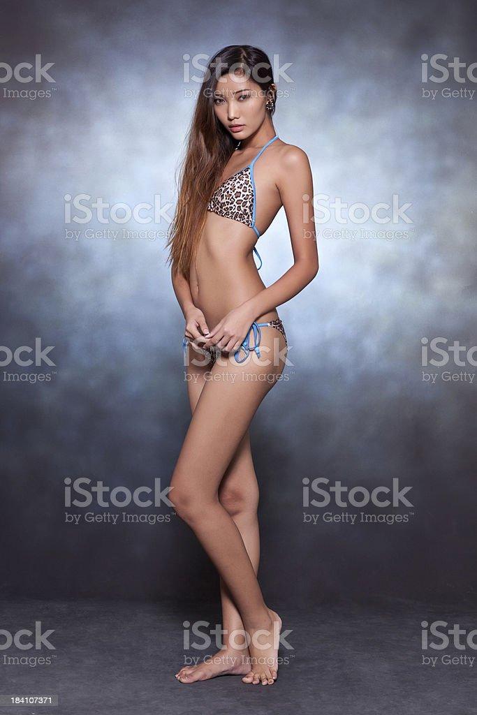 sex-swimwear-bikini-asian-stars