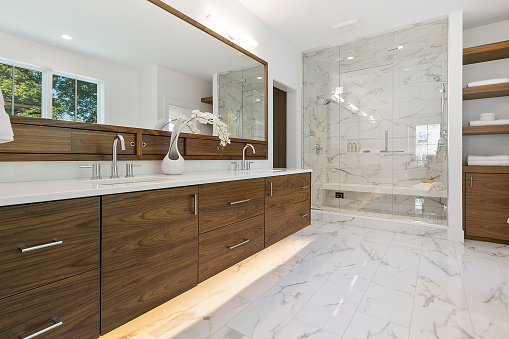 New home with amazing shower with long bench