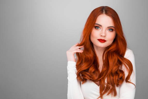 Wunderschöne rothaarige Mädchen – Foto