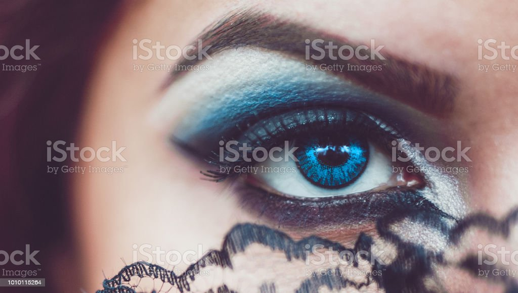 Goth Eye And Makeup Stock Photo More Pictures Of 20 29 Years Istock