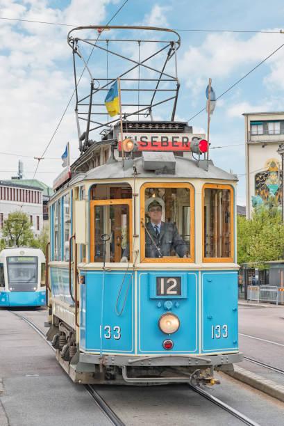 gothenburg liseberg tram - liseberg bildbanksfoton och bilder