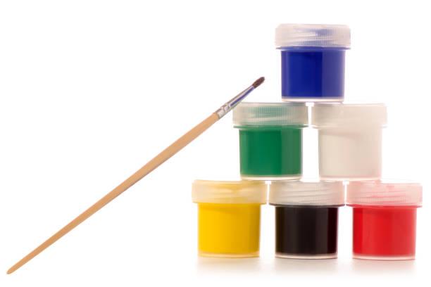 gouache farbe pinsel zum zeichnen - glasmalerei stock-fotos und bilder