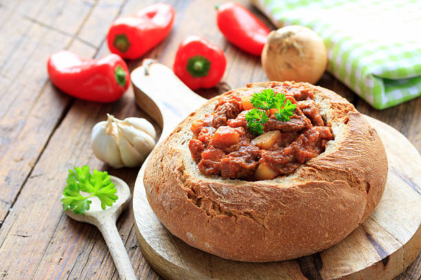 Gulasch im Brotlaib stock photo