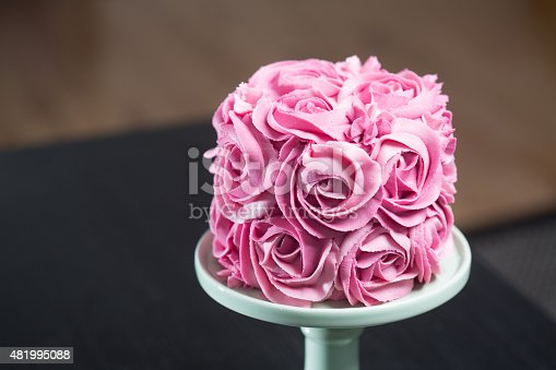 istock Gourmet cake decorated with pink roses 481995088