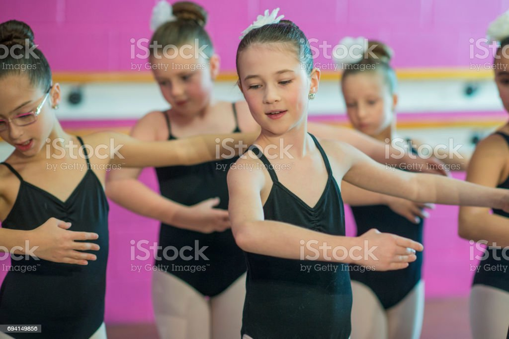 Graciosas meninas - foto de acervo