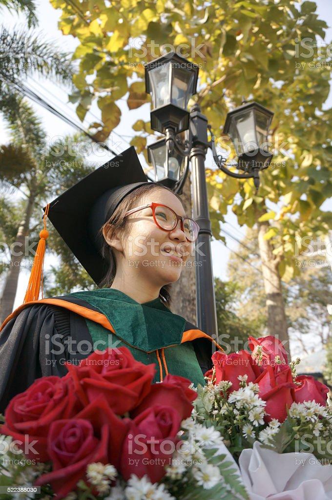 Graduado Chica asiática - foto de stock