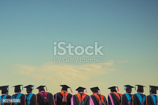 istock graduates 922162030