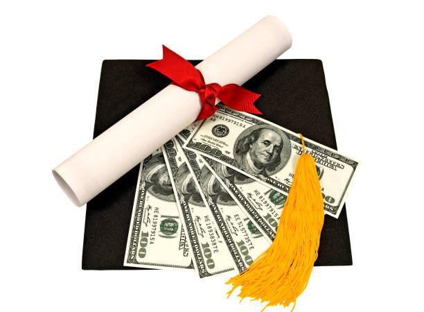 Graduierung Hut mit Geld auf der Oberseite – Foto