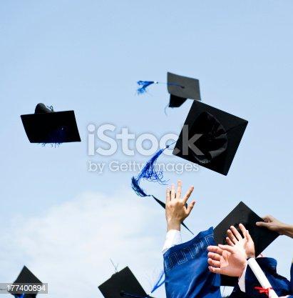 959532468 istock photo graduation 177400894