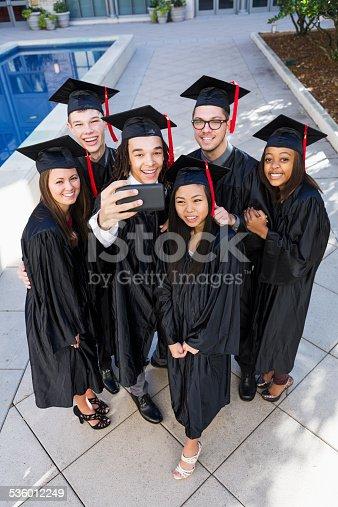 istock Graduation selfie 536012249