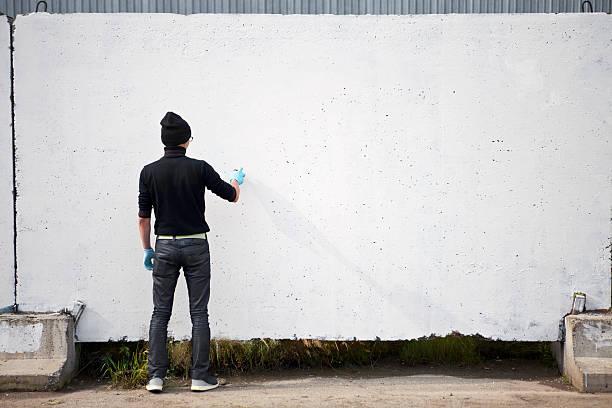Graffiti-Künstler mit copyspace – Foto