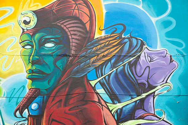 pharaoh graffiti mit king-size-bett und queen-size-bett - heiratssprüche stock-fotos und bilder