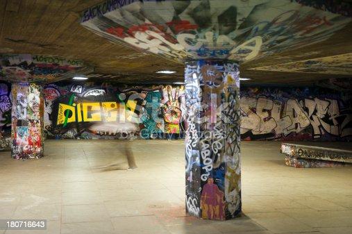 istock Graffiti paint 180716643