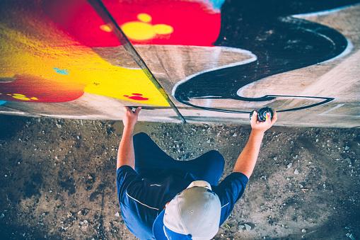 Grafitti artist at work