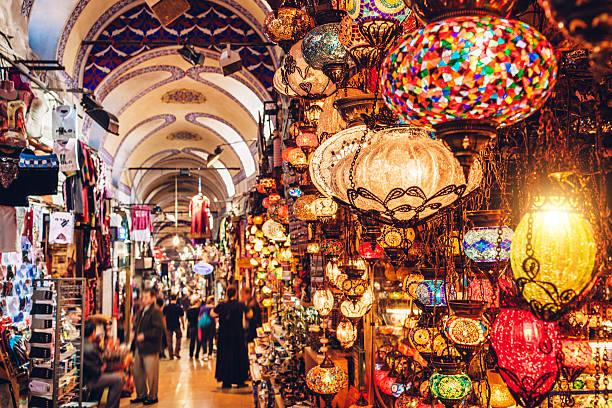 большой базар в стамбуле - стамбул стоковые фото и изображения