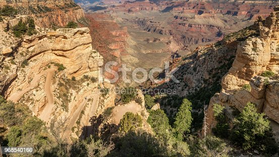 Early morning down the Kaibab trail to the canyon floor