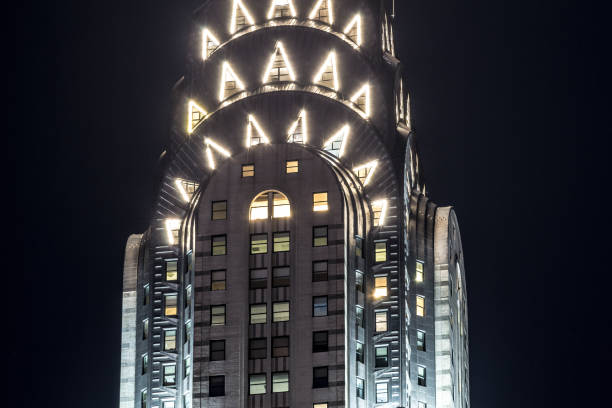 grand central terminal facade from park avenue - chrysler building stock photos and pictures