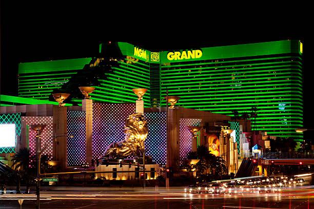 MGM Grand hotel casino in Las Vegas bei Nacht – Foto