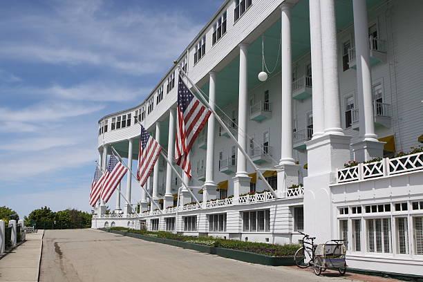 grand hotel, mackinac island, michigan - mackinac island stock photos and pictures