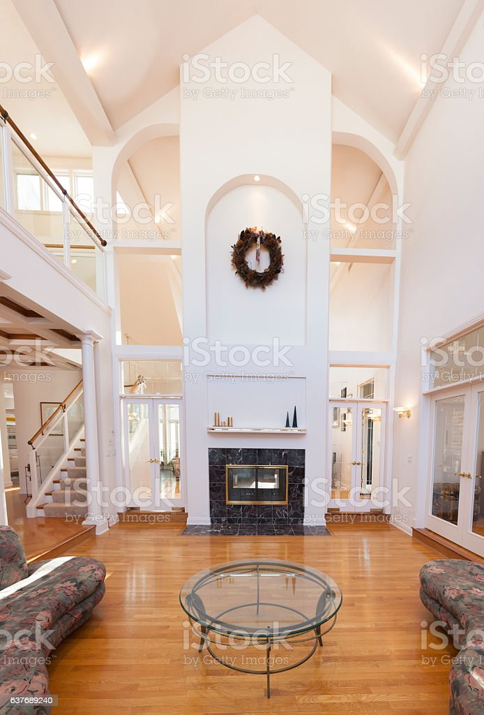 Grand Living Room: Grand Living Room With Amazing Cathedral Ceiling Stock