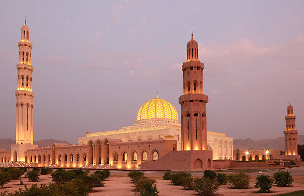 Grand Mosque in Muscat, Oman Sultan Qaboos Grand Mosque in Muscat, Oman grand mosque stock pictures, royalty-free photos & images