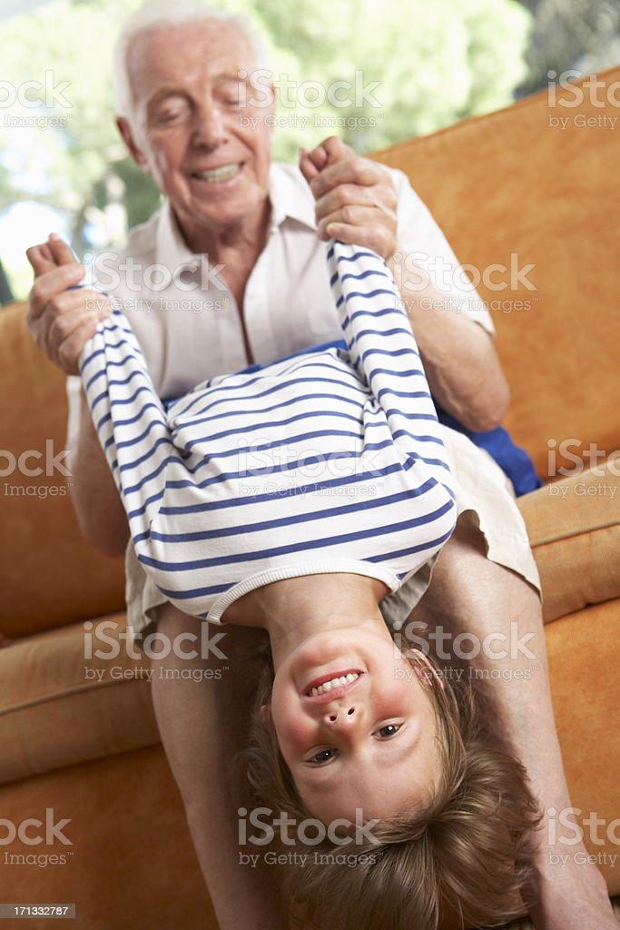 Инцест деда и внучки