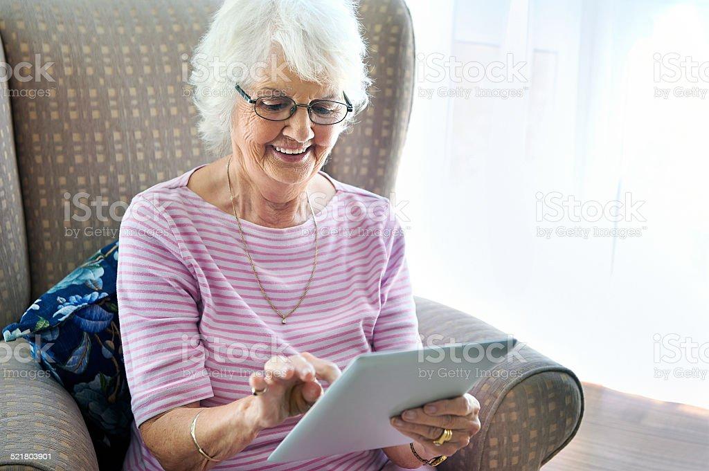 Oma lernen tablet – Foto