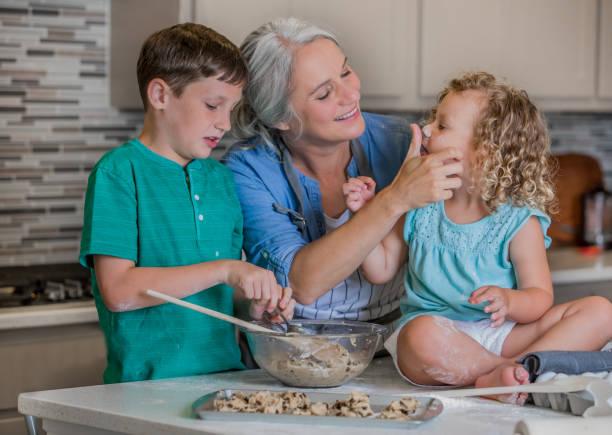 Resultado de imagen para baking cookies with grandma