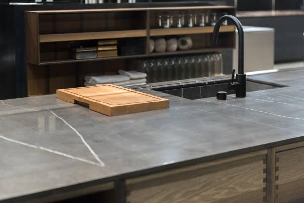 Granite kitchen counter picture id1161361294?b=1&k=6&m=1161361294&s=612x612&w=0&h=rfwfrlxcssrxmvaeqnoe2gkvxuds538eawibc48hqys=