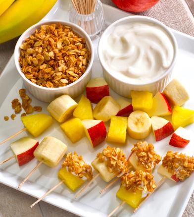 istock Granola, fruit & yogurt snacks 184292130