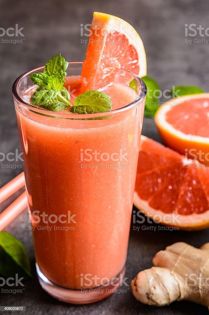 Grapefruit smoothie with ginger and honey ロイヤリティフリーストックフォト