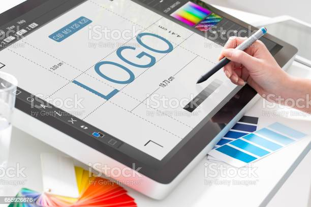 Graphic designer at work color samples picture id655926676?b=1&k=6&m=655926676&s=612x612&h=swyhs46 xug4e7a8p360wwwnbz xgih5rvgngjohwqy=
