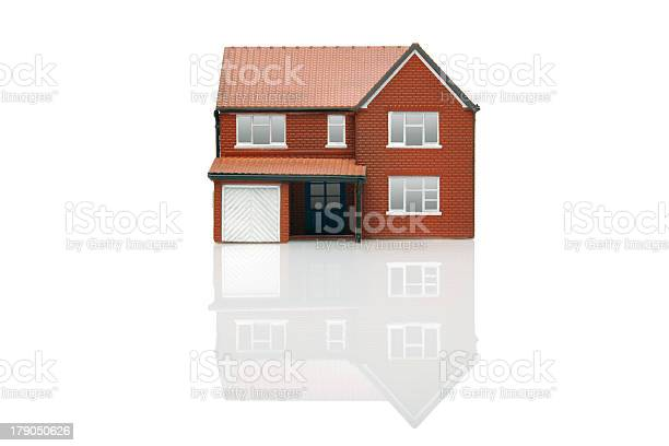 Graphic of brick house on white background picture id179050626?b=1&k=6&m=179050626&s=612x612&h=2 banq084y0gcqevd4kuotwmy1y1whjeewieytgblge=