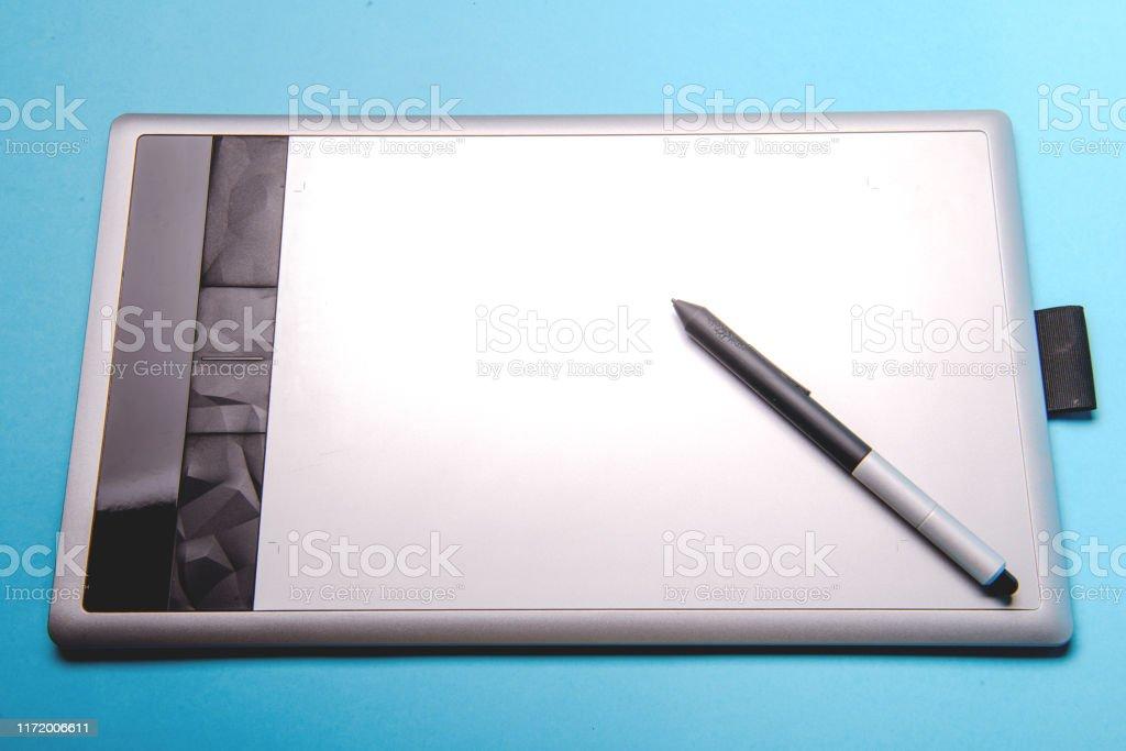 タブレット ペン 付き